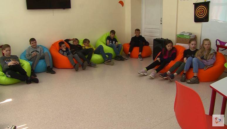 Журналисты «Канала 12» встретились сребятами изпроекта «Молодежная парковка»